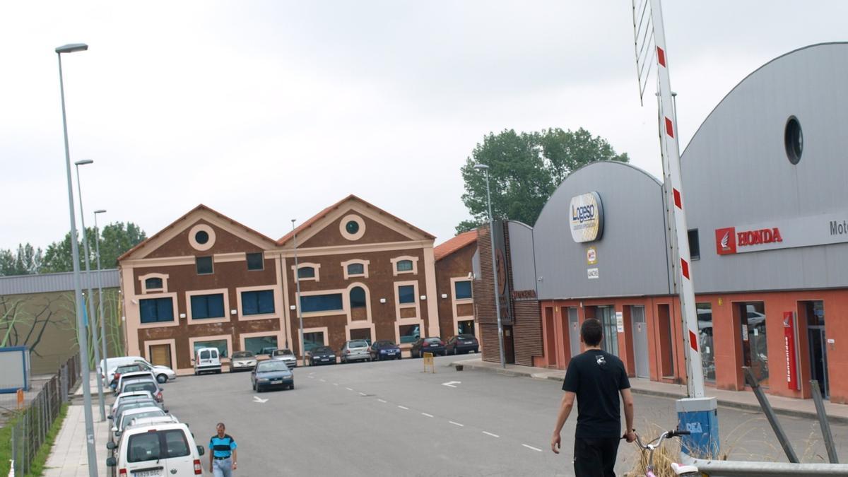 Polígono del Águila Negra, en Colloto, donde se plantea el proyecto de Lions Beer