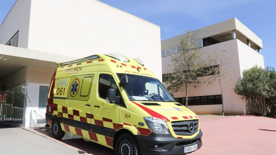 Los pacientes con covid esperan hasta ocho horas para una ambulancia
