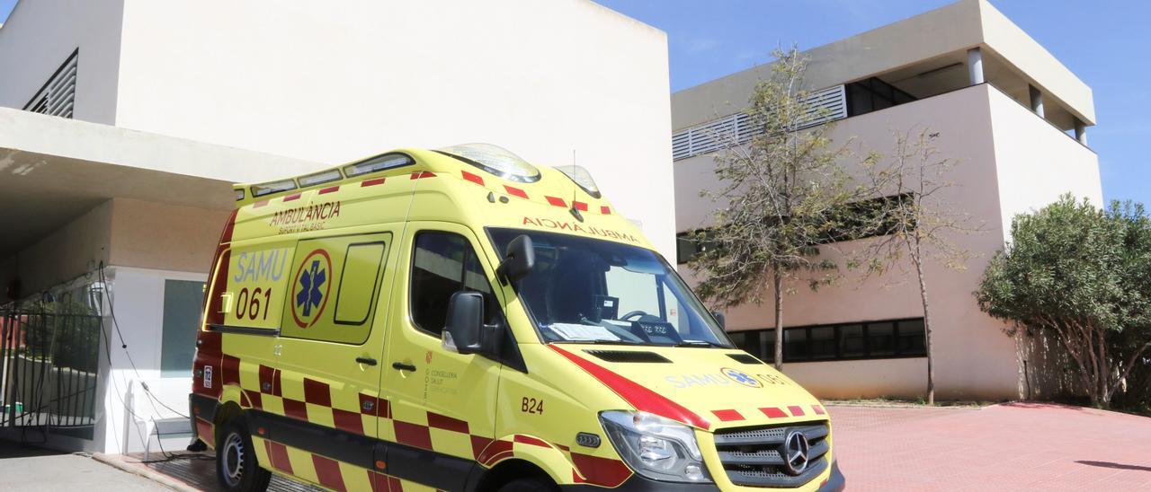 Ambulancia de soporte vital básico (SVB) en Santa Eulària.