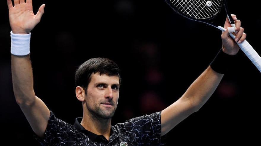 La solidez de Novak Djokovic destroza a Zverev
