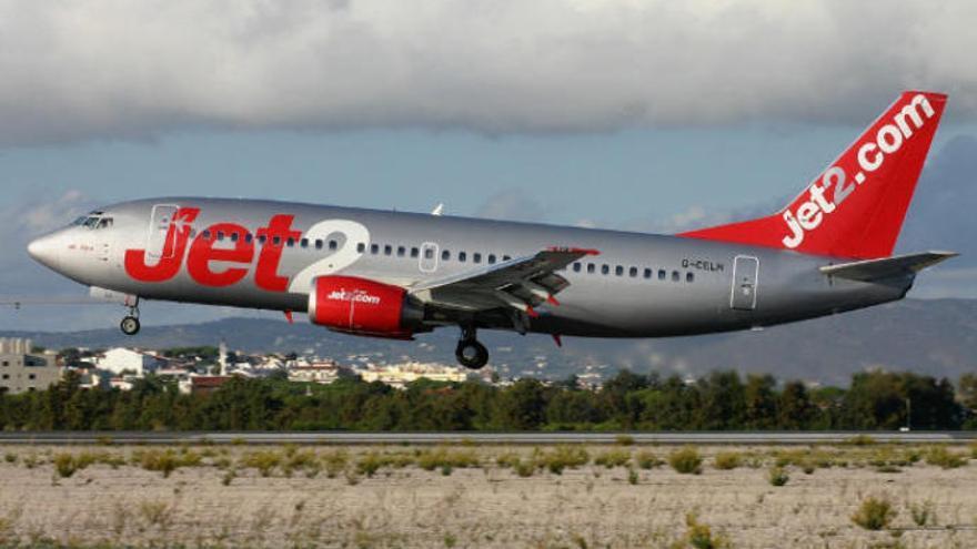La aerolínea Jet2.com incrementa en 100.000 plazas su oferta hacia Canarias