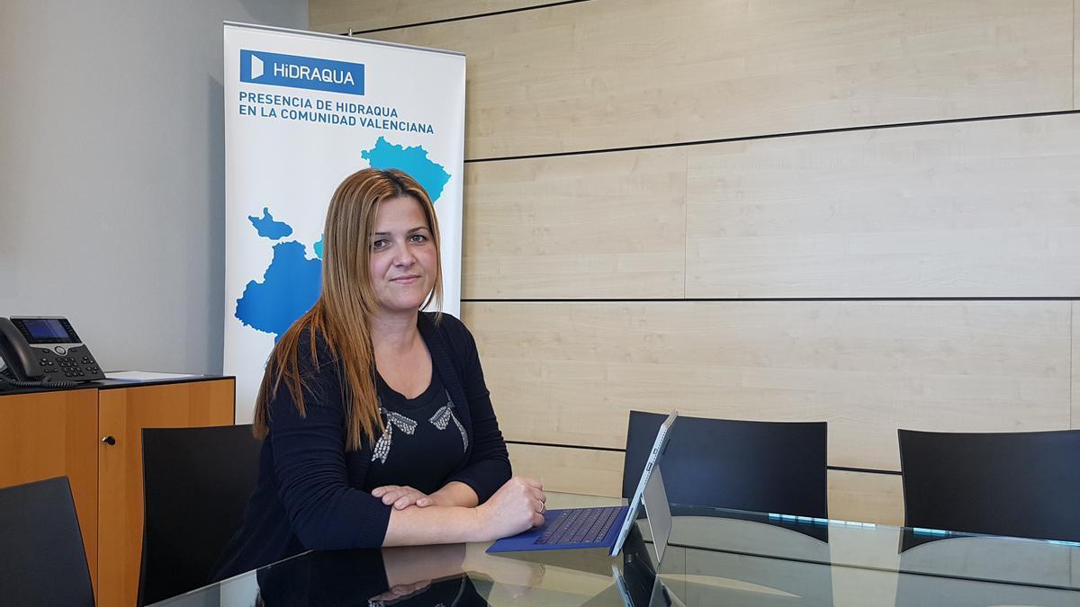 Irene Sempere, responsable de clientes de Hidraqua en la provincia de Alicante.
