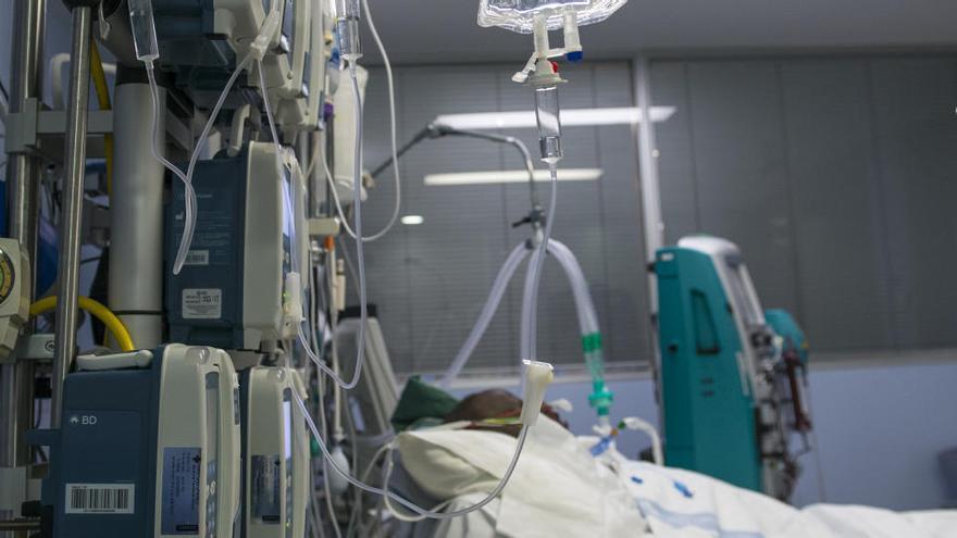 Los profesionales de la salud piden un confinamiento estricto en Cataluña