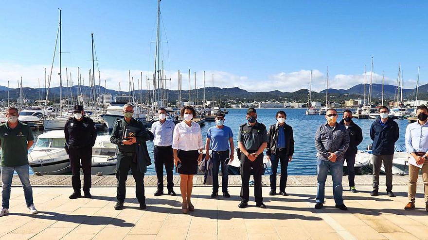 Sant Antoni retirará los fondeos ilegales de su litoral
