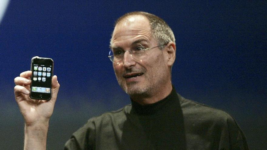 """Jobs volia afegir un botó ''Enrere"""" al primer iPhone"""