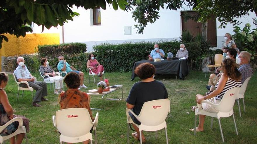Reconocimiento a los artistas en Aldeanueva