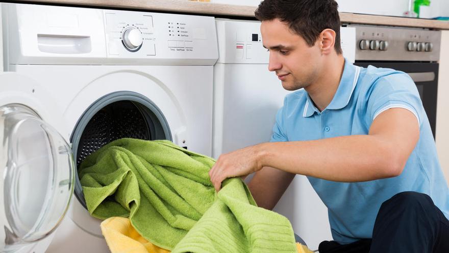 Las cinco reglas para que la ropa salga más limpia de la lavadora