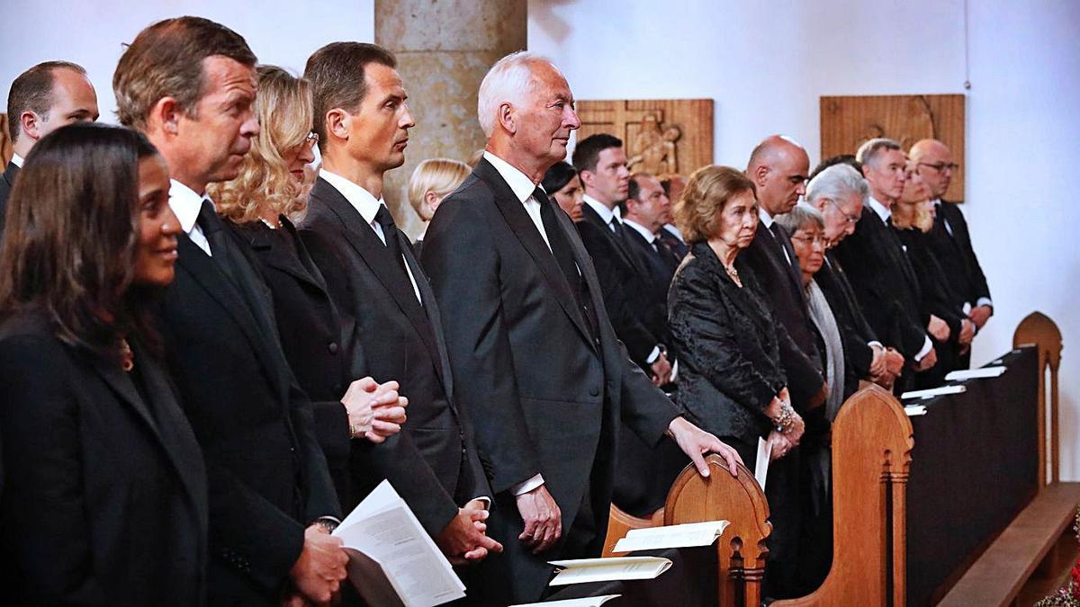 La reina emérita, doña Sofía, ayer en la catedral de San Florián, en Liechtenstein.