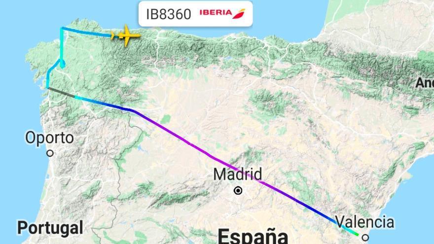 Decenas de pasajeros del vuelo Valencia-Vigo acaban en Asturias