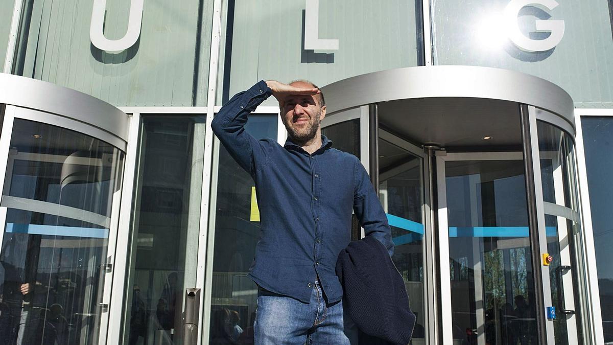 Gonzalo Jácome, a las puertas del edificio judicial de Ourense, en una imagen de archivo. // BRAIS LORENZO