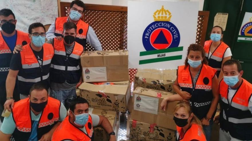 Protección Civil Mijas dona material técnico a localidades afectadas por el volcán de La Palma