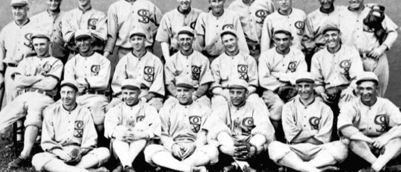 La plantilla de los White Sox de Chicago de 1919 que amañó las Series Mundiales.