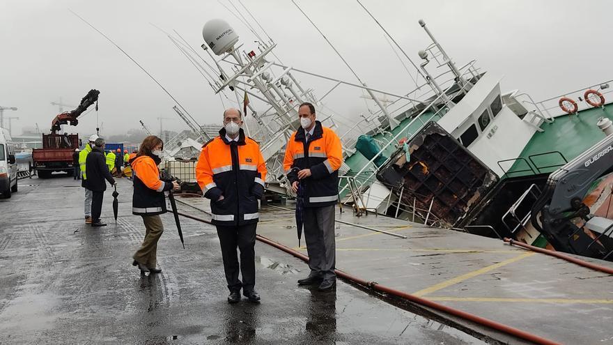 """Las tareas para reflotar el """"Baffin Bay"""" durarán un mes"""