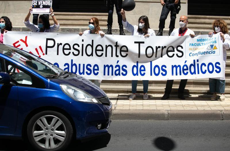 Caravana de protesta de médicos temporales