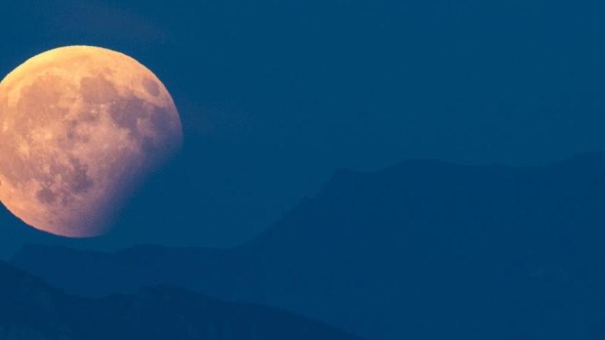 El 2019 ofrecerá tres eclipses de sol y otros dos de luna