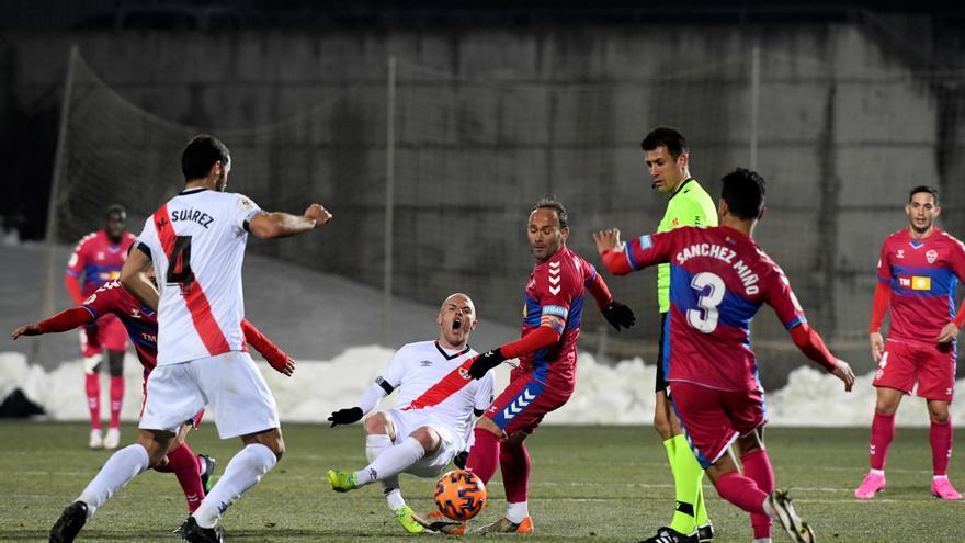 El Elche cae en la Copa ante el Rayo en un partido marcado por los aplazamientos