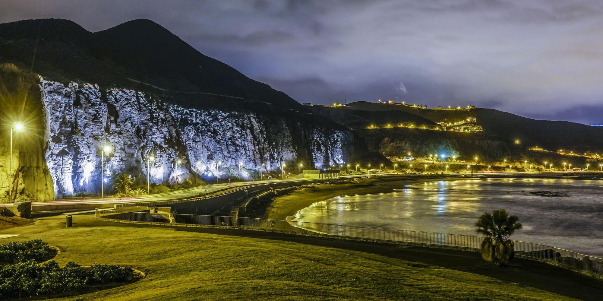 Nueva iluminación del Acantilado de La Laja