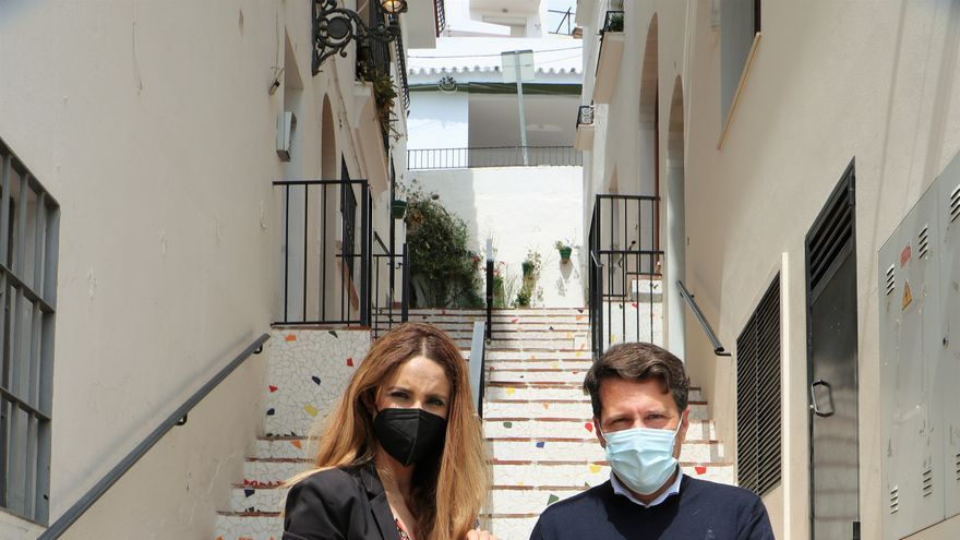Torrox lanza intercambio de cartas entre mayores del municipio y alumnos de Málaga