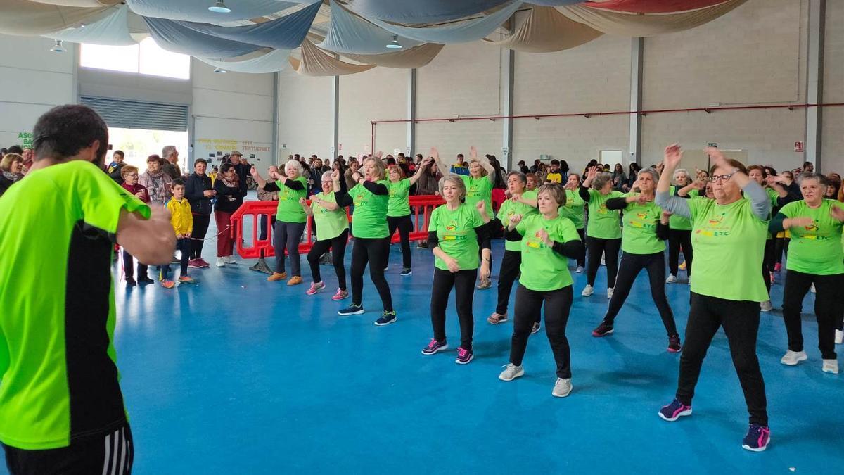 Grupo de participantes del programa El ejercicio te cuida