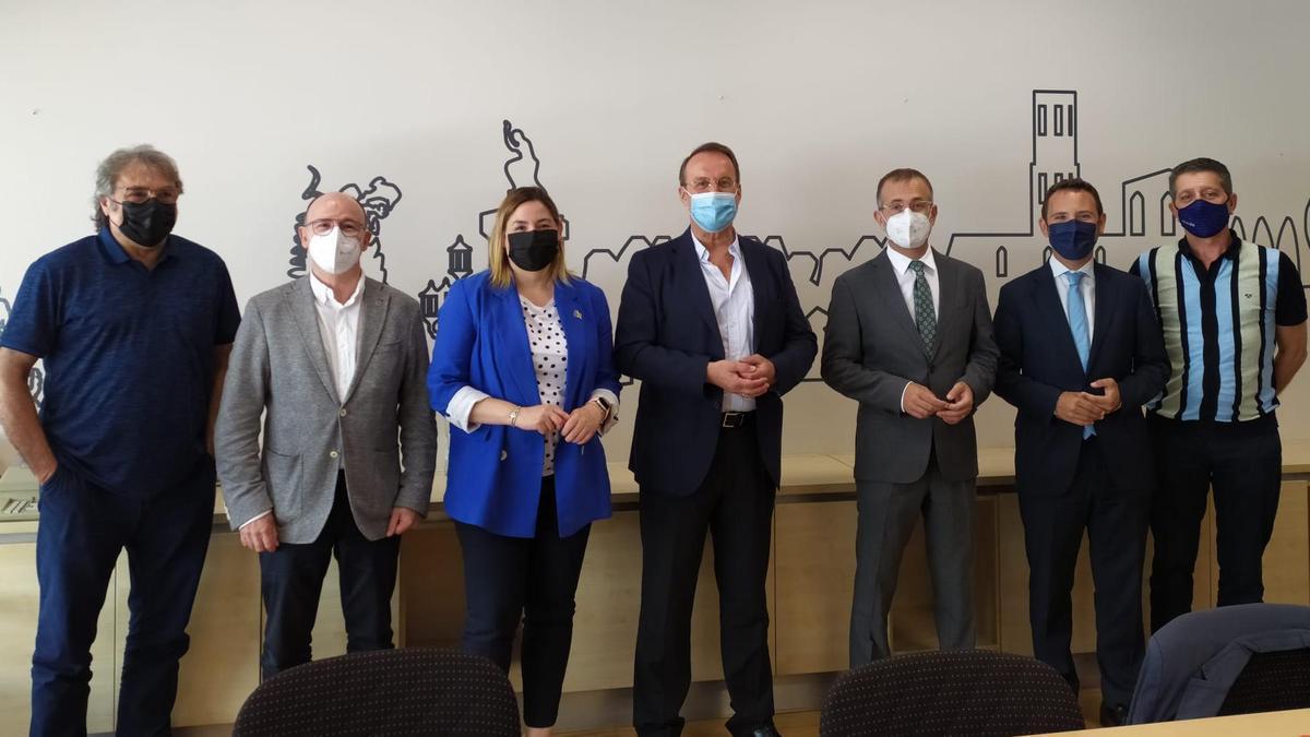 Camil Cofàn, Xavier Amiel, Agnès Lladó, Manel Toro, Pere Casellas, Oriol Puig i August Conesa