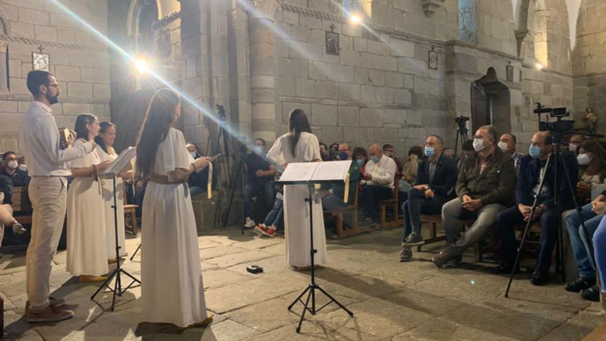 La Luz Equinoccial en Santa Marta da paso al concierto de música medieval de Egeria