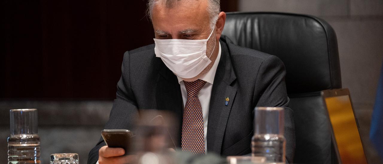 El presidente del Gobierno de Canarias, Ángel Víctor Torres presidió este jueves la reunión del Consejo de Gobierno