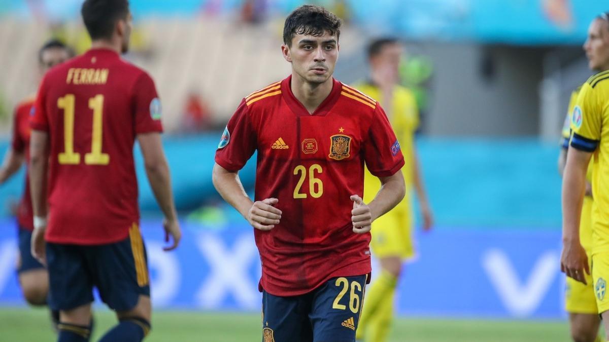 Pedri, en un partido con la selección española