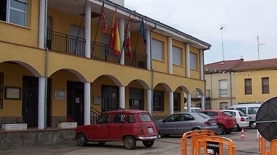 Ayuntamiento de Cubo del Vino.