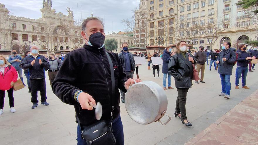 La hostelería valenciana se concentra en la Plaza del Ayuntamiento