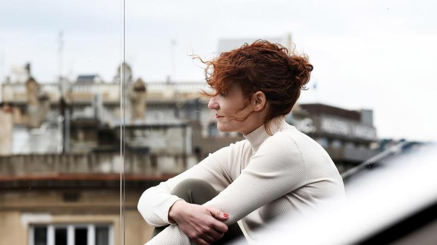 Elisa Ferrer, Premi Tusquets de Novel·la, presentará su libro «Temporada de avispas» en l'Alcúdia de Crespins