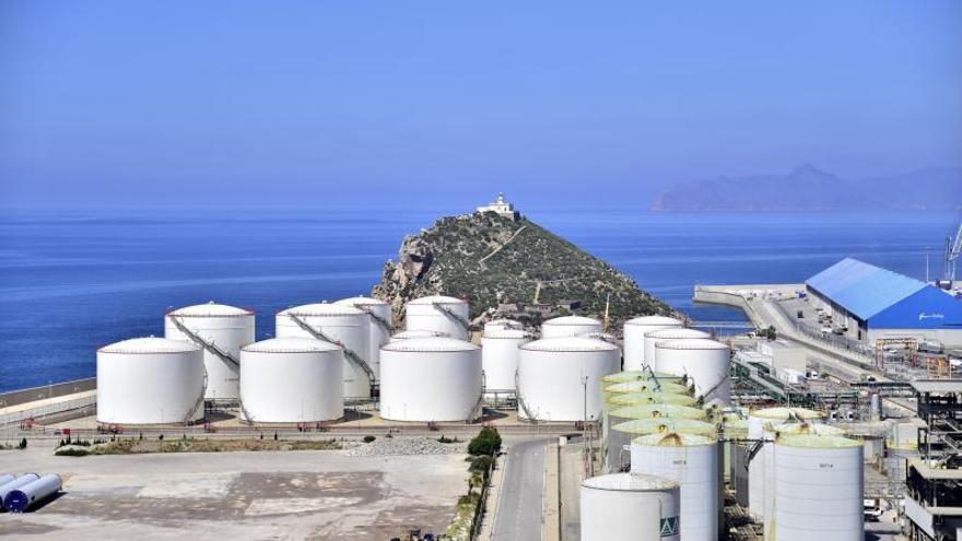 Autorizan instalar una planta de purificación de CO2 en Escombreras