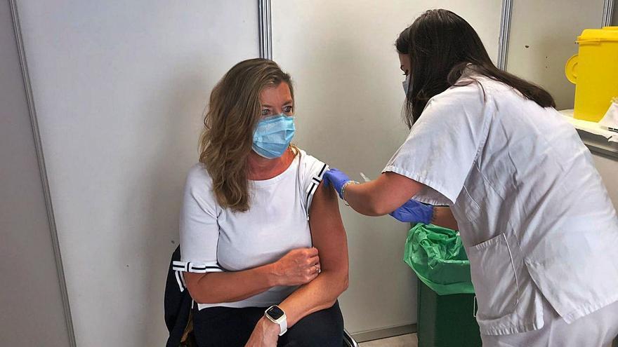 Salud calcula que el 2% de la población de Baleares se niega a vacunarse