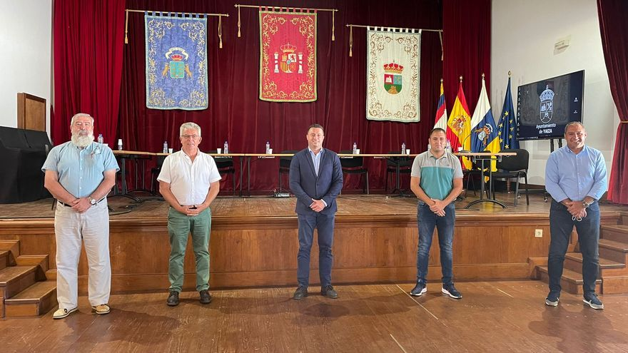 Yaiza pide Cabildo apoyo a la operación de cruceros en el nuevo Puerto de Playa Blanca