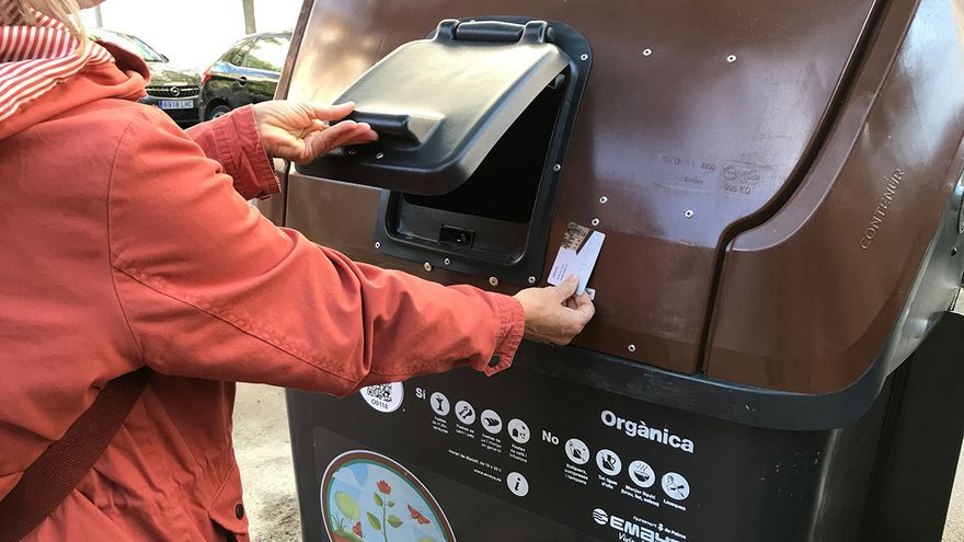 Els contenidors marrons arriben als barris de Palma