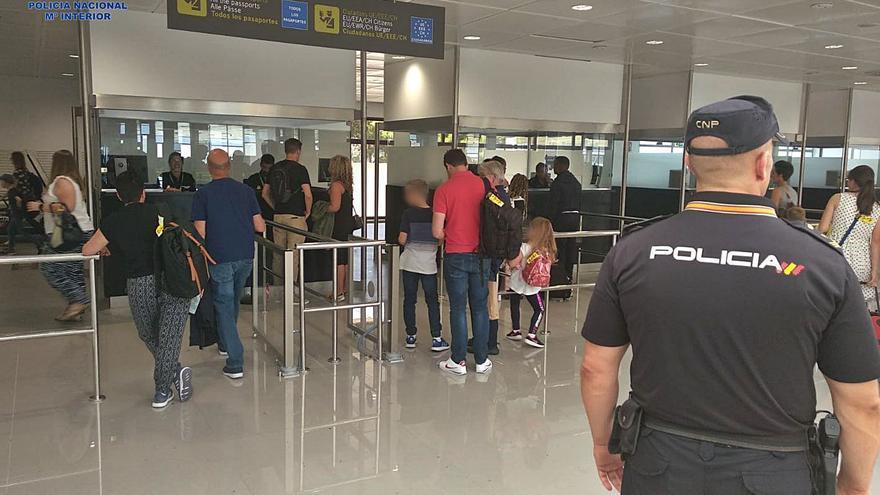 Una jueza de Mallorca prohíbe viajar a una niña para evitar su sustracción
