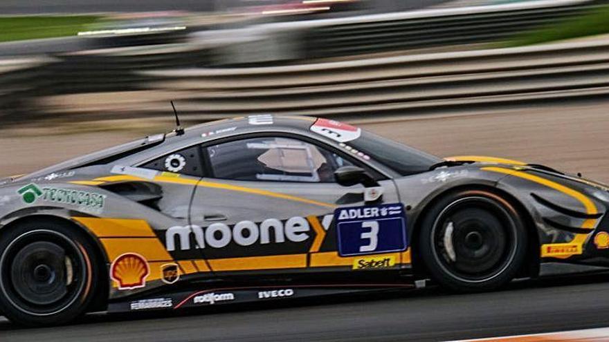 Los Ferrari ya rugen en el Circuit Ricardo Tormo