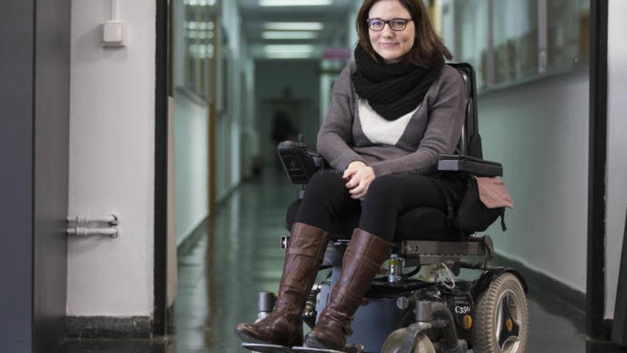 Estarás lleva a Europa el caso de la joven en silla de ruedas que no pudo volar con Ryanair