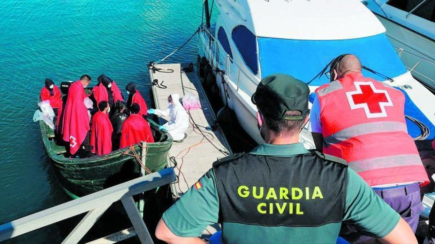 AUGC y SUP denuncian la falta de medios ante el repunte migratorio en Canarias