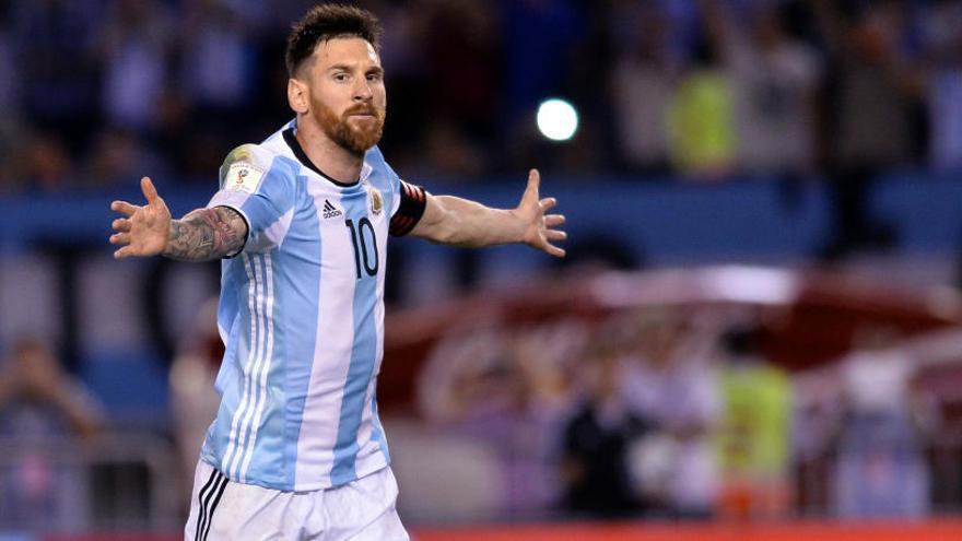 Quatre partits de sanció a Messi per insultar un àrbitre