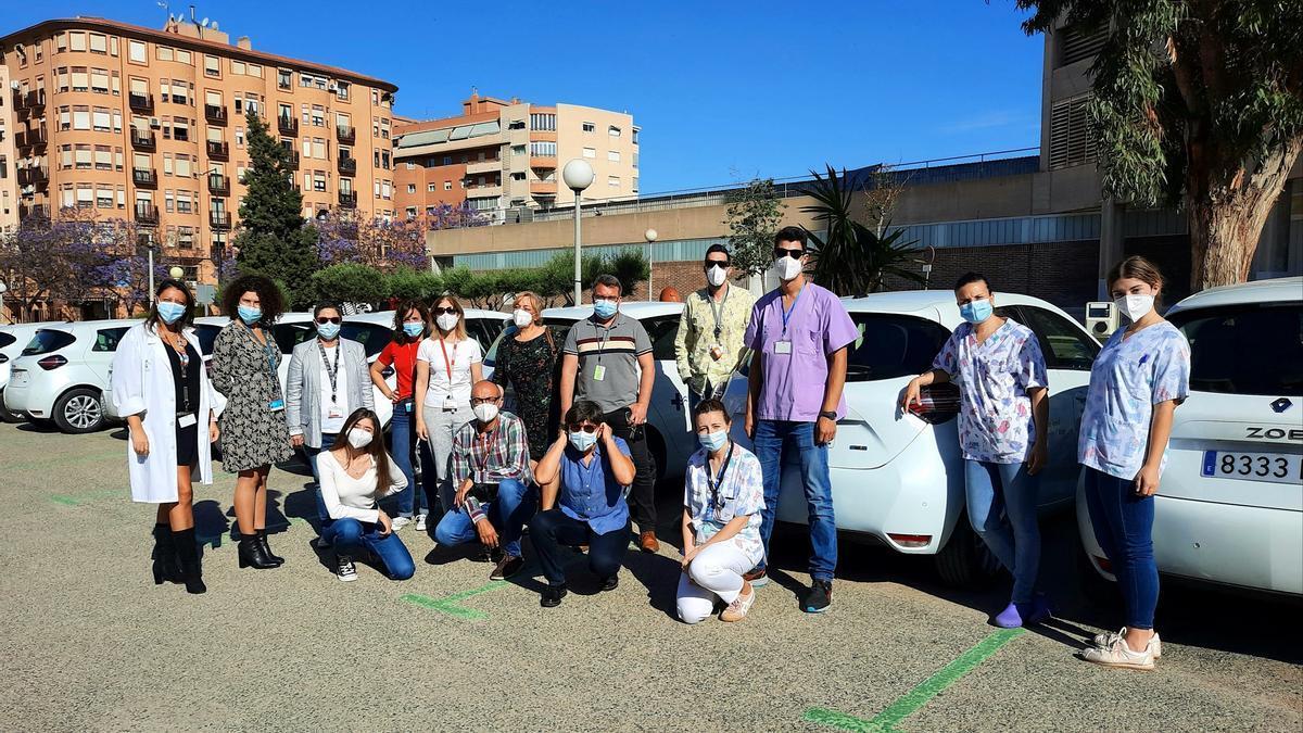 Plantilla de la Unidad de Hospitalización a Domicilio con la nueva flota de vehículos