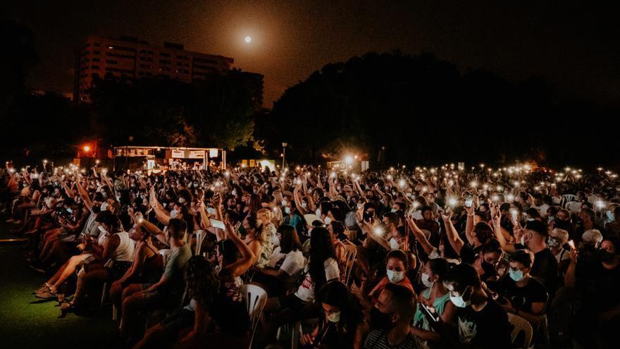 El comportamiento del público obliga a 'enmudecer' un concierto en Viveros