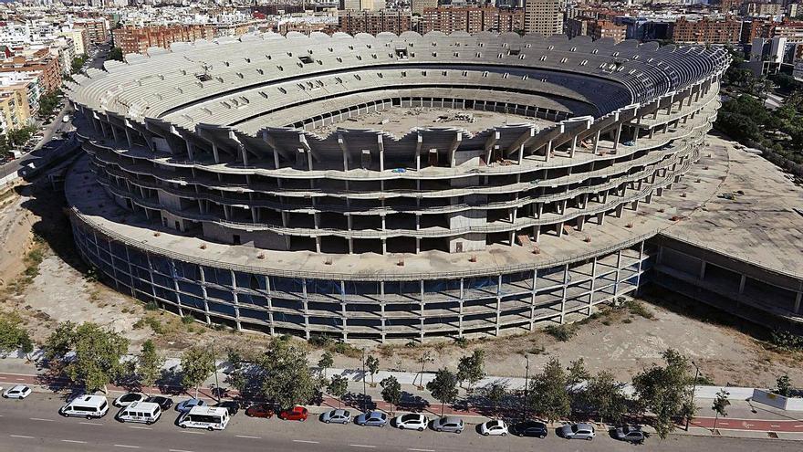 Ribó negociará con empresarios valencianistas la finalización del Mestalla