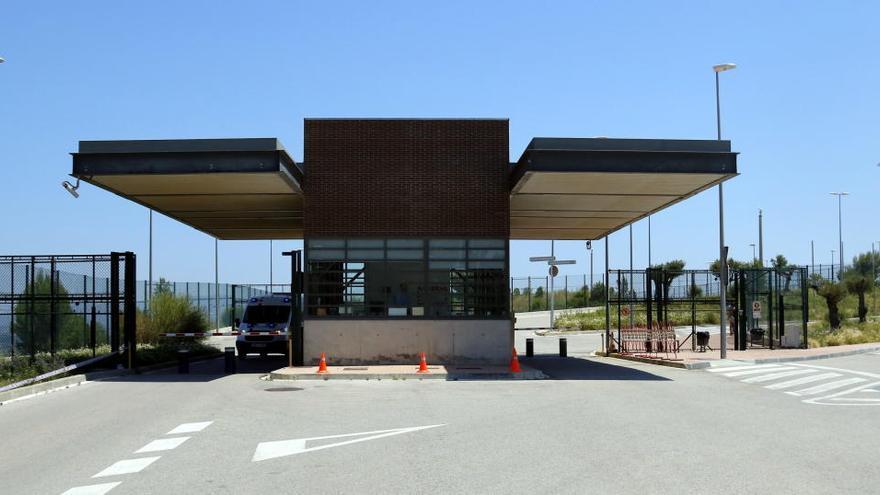 El sindicat SAP-FEPOL critica el sistema de trasllats dels presos amb coronavirus