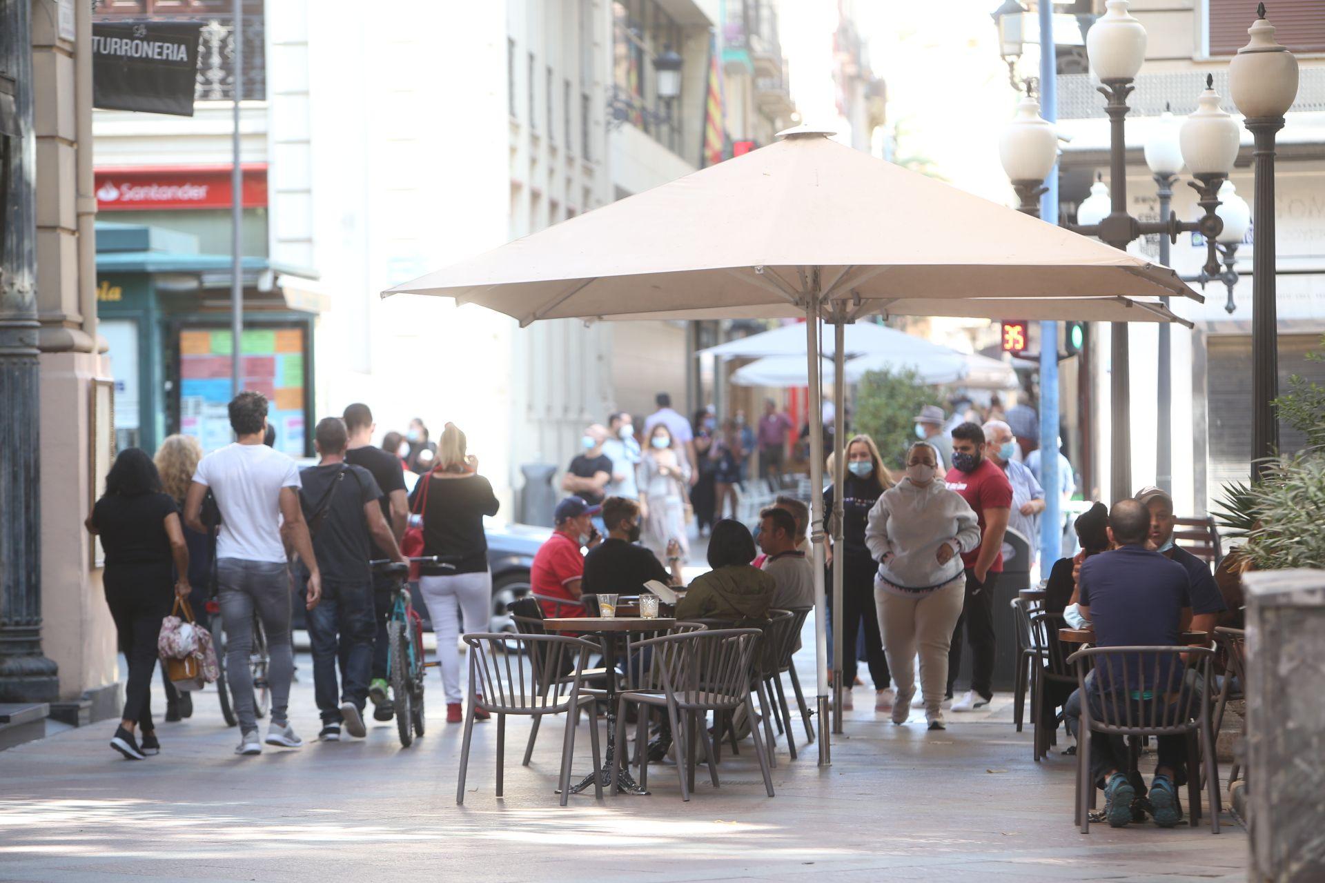 El primer día del toque de queda en Alicante transcurre con aparente normalidad