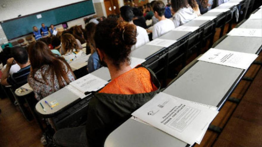 El TSJC avala los resultados de las oposiciones de maestros en 2015