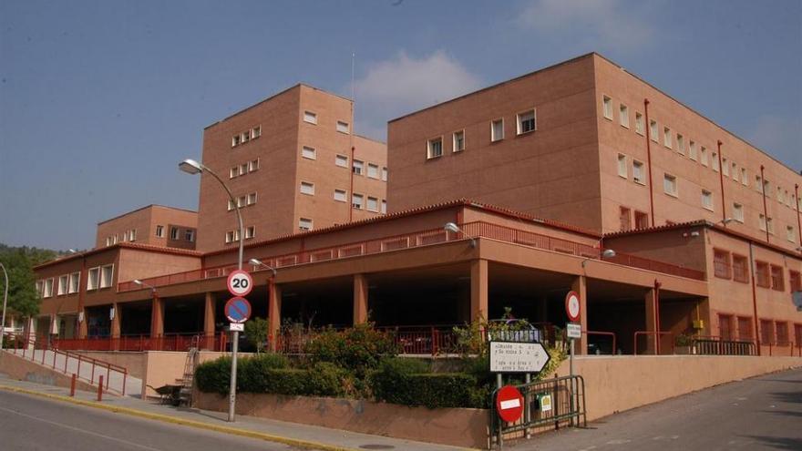 Diputación y Consell fijan el cierre de Penyeta Roja