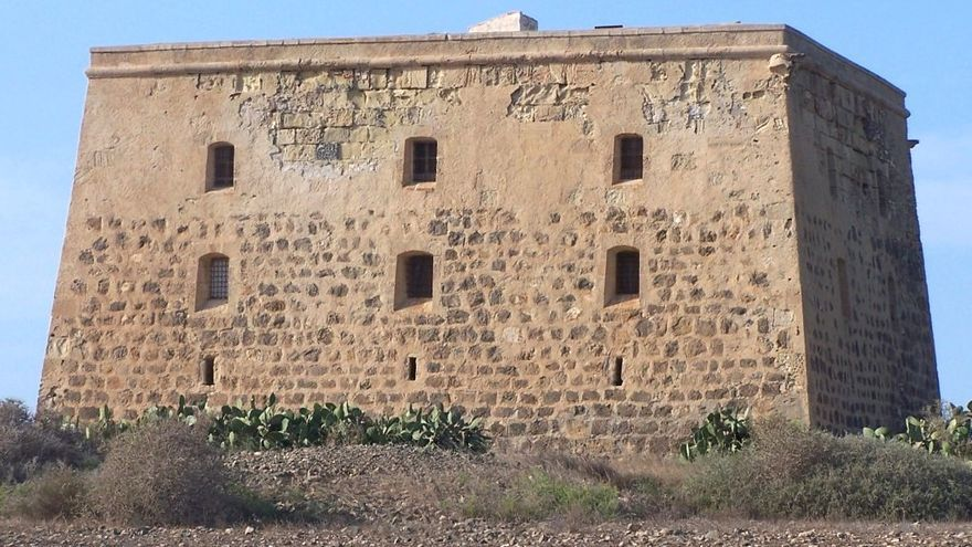 Torre de San José en la isla de Tabarca