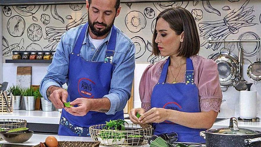 Tamara Falcó y el chef Javier Peña versionarán recetas tradicionales en un nuevo programa de TVE