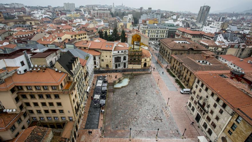 Oviedo desde la torre de la catedral: La Vetusta que veía el Magistral