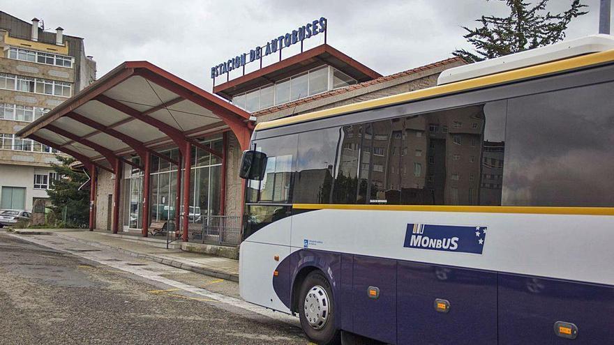 El uso de las dársenas deja en el aire el espacio del Centro Juvenil La Estación